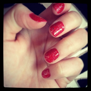 red sparkle nails